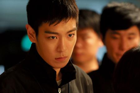 BIGBANG TOP、「キム・テヒの男」候補に!初の時代劇への出演検討中