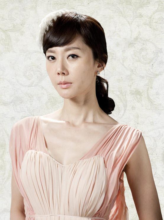 ヨム・ジョンアのプロフィール|韓国女優プロフィールと出演作情報