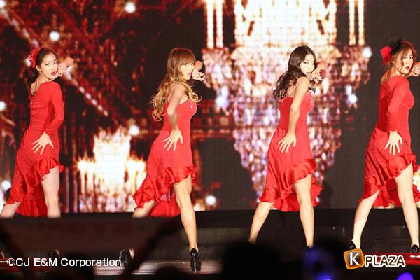 2012MAMA_1stshow_Sistar-(4)