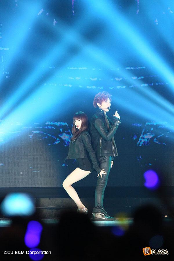 2012MAMA_1stshow_Troublemaker-(6)