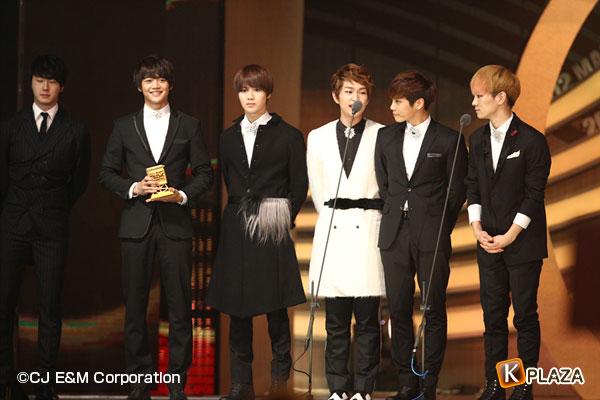 2012 Mnet Asian Music Awards in 香港 フォトギャラリー SHINee(シャイニー)&EXO編