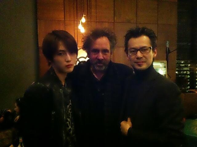 JYJキム・ジェジュン、ティム・バートン監督との写真を公開!