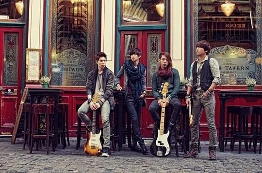 CNBLUEアルバム「re:blue」ジャケット写真