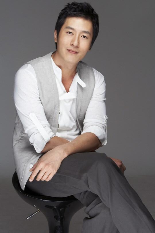 キム・ジュヒョク、亡き父が演じた「ホジュン」に挑戦!「ホジュンは僕の運命」