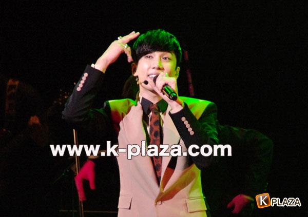 """パク・ジョンミン X'masファンミーティング2012""""Beautiful"""""""