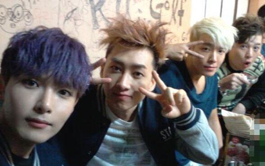 Super Junior(スーパージュニア)、コンサート打ち上げの様子を公開!