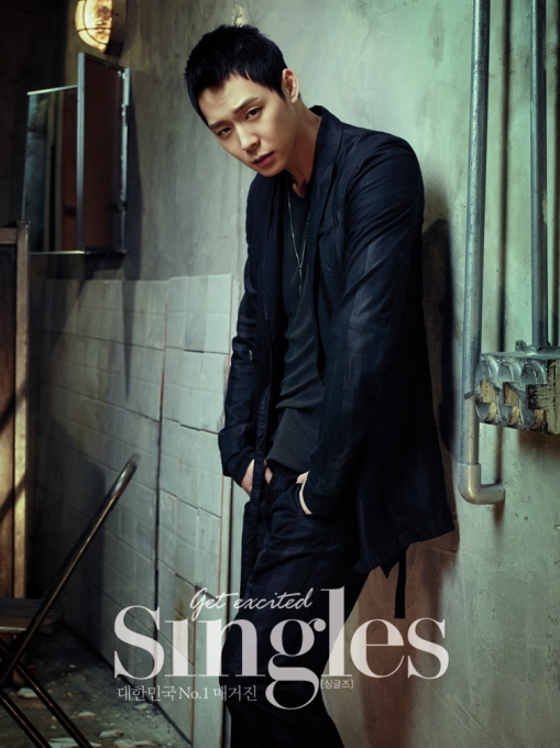 JYJパク・ユチョン、「Singles(シングルズ)」のグラビア公開!