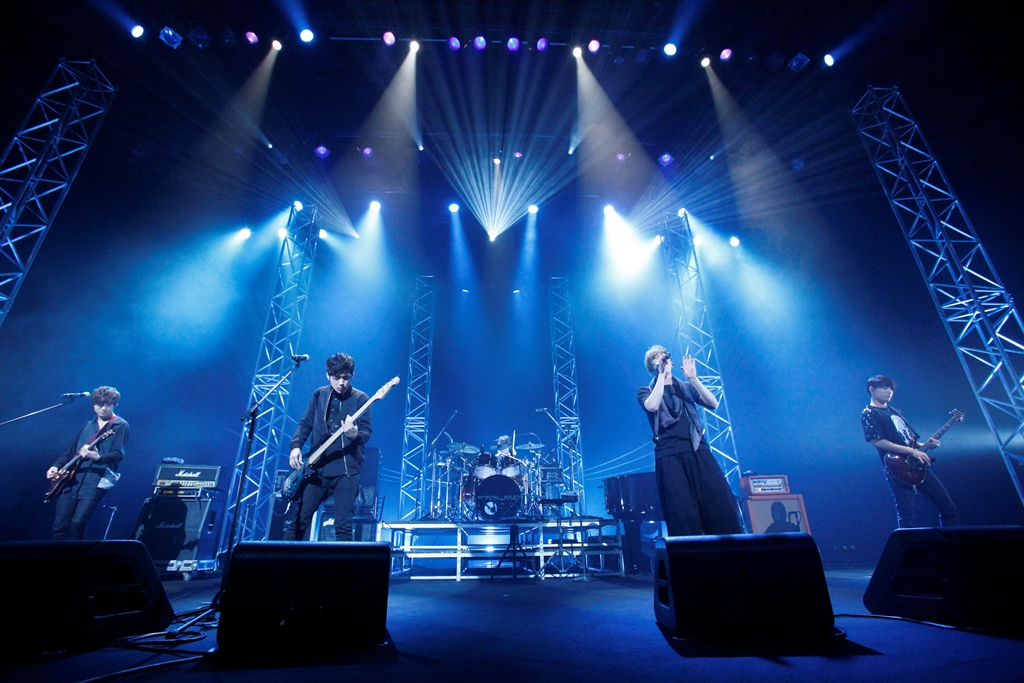 FTISLAND(エフティーアイランド)、ファンミーティングで夏のツアー会場&日程を発表!