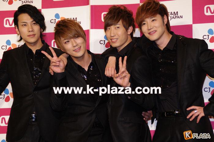 「ずっと、もっと、Mnet!と・と・とキャンペーン感謝祭」CODE-Vフォトセッションレポート!