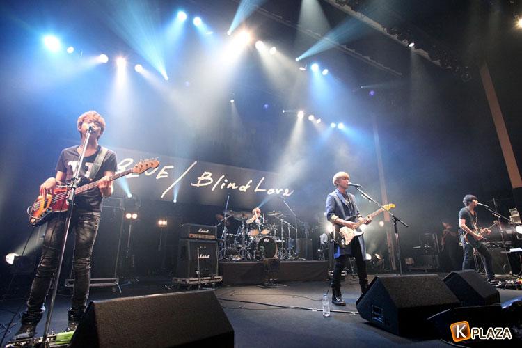 CNBLUE(シーエヌブルー)、リリースイベントで500人のファンへ感謝!
