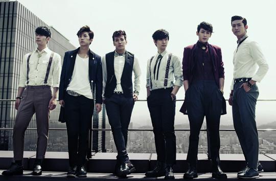 2PM、世界中のファンと公開チャット