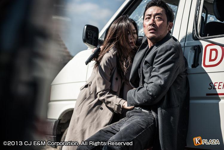 韓国映画「ベルリンファイル」ハ・ジョンウ、ハン・ソッキュ、チョン・ジヒョン、リュ・スンボム出演