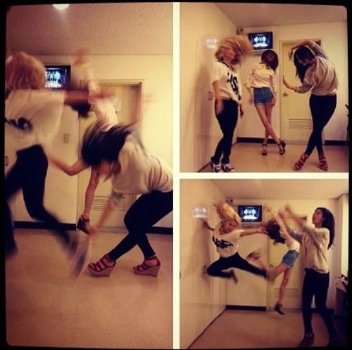 少女時代メンバー3人のコミカルダンス写真が話題に!
