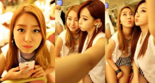 AFTER SCHOOL(アフタースクール)、ユイ&ジュヨン控え室での仲良しツーショット写真公開