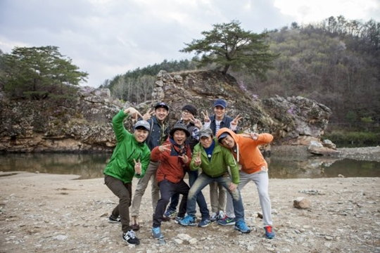 KBS人気バラエティ番組「ハッピーサンデー-1泊2日」放送終了説はホント?!