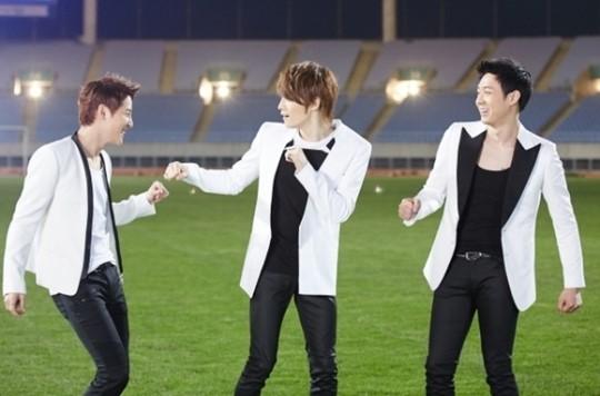 JYJ、「第17回アジア競技大会」テーマソング「Only One」ビハインドカット公開!「仲良く、ふざけあって…」