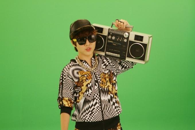 ユ・スンウ、San Eとのコラボで22日カムバック!「新曲は、ヒップホップ!?」