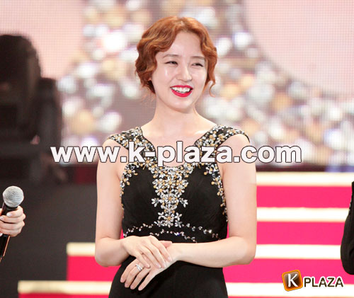 Korean Entertainment 10th Anniversary Awards in Japan その3  韓国ドラマ大賞 キム・ジェウク、ユン・ウネ登壇他