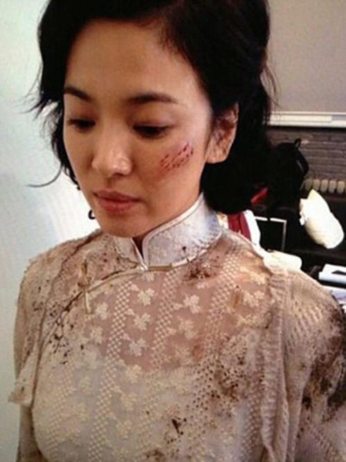 映画「太平輪」ソン・ヘギョ、特殊メイク写真を公開!顔にキズでも輝く美貌!!