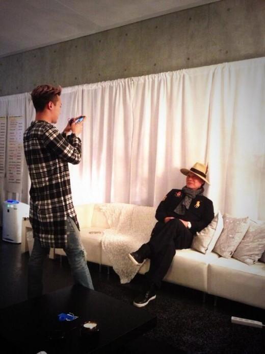 G-DRAGON、SNSで父親公開!「ファッションセンスは、父親譲り!?」