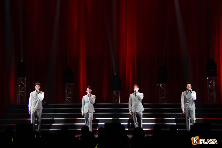 2AM、日本で初のファンミーティングに2千人が熱狂!