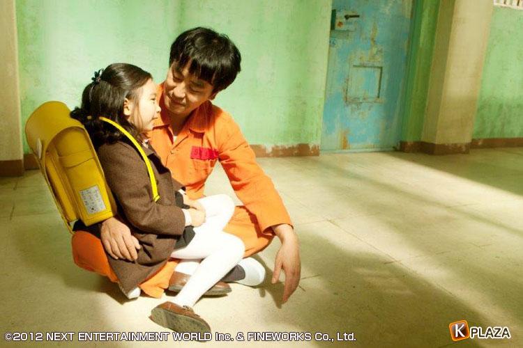 これは泣ける韓国映画!日本の著名人が寄せた感想は…映画「7番房の奇跡」