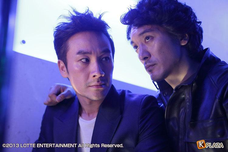 韓国映画「トップスター」のあらすじと映画情報|オム・テウン、キム・ミンジュン、ソ・イヒョン主演